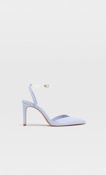 Schuhe mit Vinyl-Absatz für 29,99€