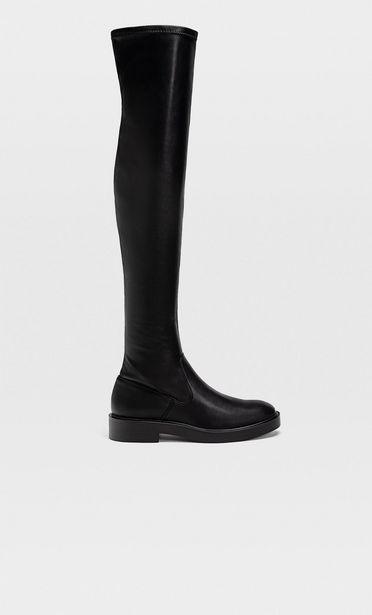 Schwarze flache hohe Stiefel für 55,99€