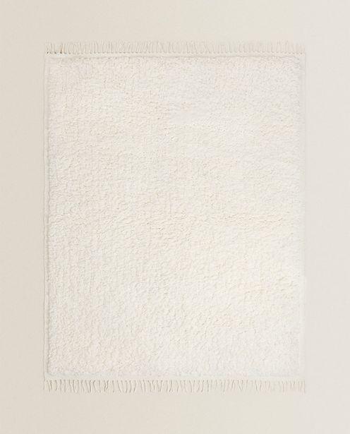 Teppich Mit Textur Und Fransen für 59,99€
